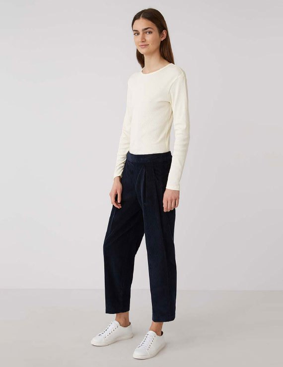 TROUSERS AND SKIRTS