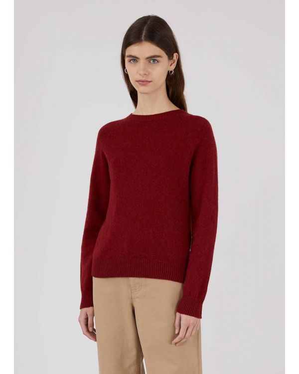 Women's Lambswool Crew Neck Jumper in Berry Red