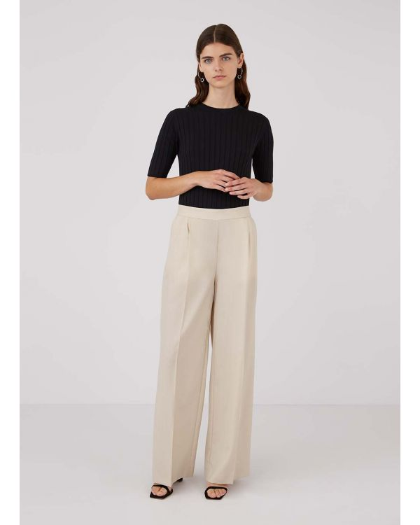 Women's Travel Wool Wide Leg Trouser in Putty