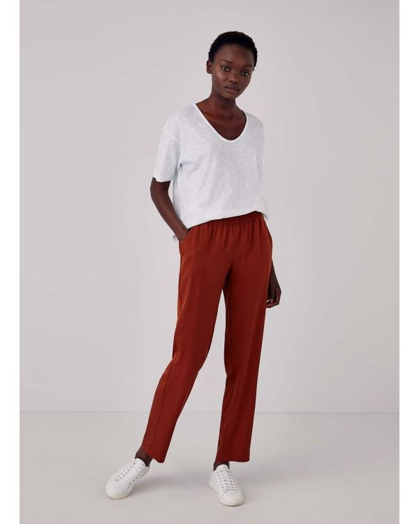 Women's Tencel Trouser in Deep Tobacco