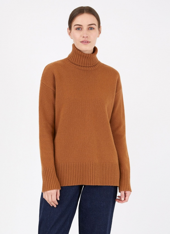 Relaxed Roll Neck Jumper